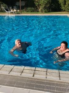 Grappolo d'oro: La piscina