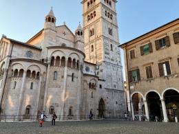 Duomo, piazza grande